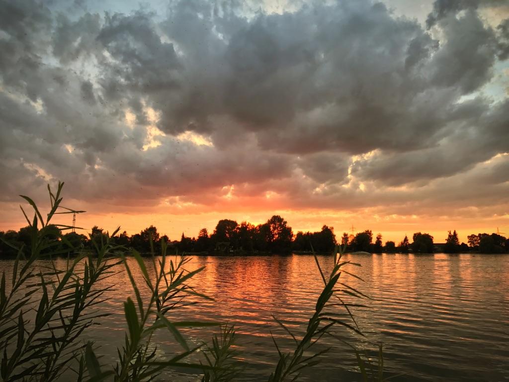 Tauchen-Augsburg-Abendstimmung-Friedberger-See